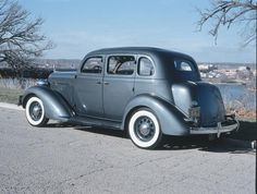 1935-1936-Plymouth