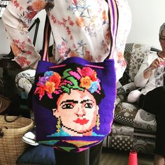 Mochila Frida khalo en una hebra!!!!