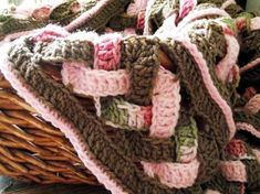 alice brans posted CROCHET BLANKET PATTERN Weaves Baby Blanket to their -crochet ideas and tips- postboard via the Juxtapost bookmarklet. Crochet Afghans, Crochet Motifs, Crochet Blanket Patterns, Baby Blanket Crochet, Crochet Yarn, Crochet Stitches, Knitting Patterns, Crocheted Blankets, Baby Blankets