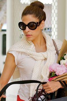Prada  Baroque  Round Sunglasses Óculos De Sol Redondos, Tendências De  Beleza, Barroco 224cf3d2ee
