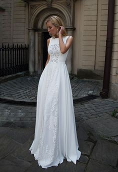 White laced long wedding bridal dress gown #bride