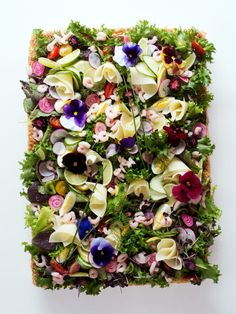 Ibsen´s Kakes Swedish cakes and pastries in the bay area Sandwich Cake, Edible Flowers, Ibs, Sugar And Spice, Bay Area, New Art, Tart, Floral Wreath, Homemade