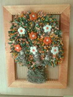 """Résultat de recherche d'images pour """"telares decorativos de arboles"""" Loom Weaving, Tapestry Weaving, Wall Tapestry, Wood Crafts, Diy And Crafts, Arts And Crafts, Needlepoint Stitches, Needlework, Yarn Thread"""