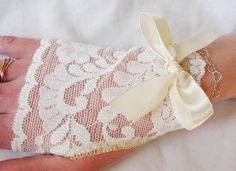 Fingerless Gloves lvory Lace Bridal Gloves by seamstressbythesea, $11.50