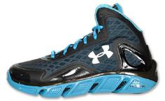 Under Armour Spine Bionic Black/Blue - Under Armor is getting there with its kicks.  Not bad this time around.