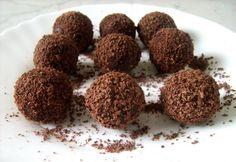 Olasz trüffel Candy Recipes, Dog Food Recipes, Dessert Recipes, Rum Balls, Chocolate, Winter Food, Cake Cookies, Fudge, Almond