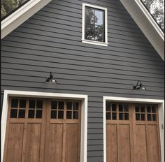 exterior paint color Kendall Charcoal by Benjamin Moore exterior paint color Kendall Charcoal by Benjamin Moore Image Size: 564 x 564 Source House Design, House, Paint Colors For Home, House Siding, House Exterior, Exterior Design, New Homes, Modern Farmhouse, House Paint Exterior