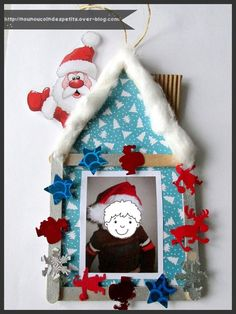 Home Christmas Photo Frame Christmas Tree - Christmas Ornament Crafts, Christmas Tree Decorations, Holiday Decor, Diy And Crafts, Crafts For Kids, Arts And Crafts, Theme Noel, Photo Tree, Christmas Pictures