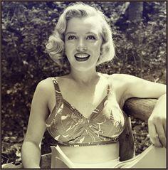 Marilyn Monroe by Ed Clark.