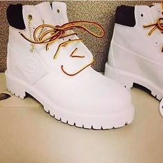 7a95493200f4 Wow need these White Timberlands