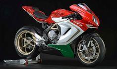 Piloto italiano é um poucos ainda não superados por Valentino Rossi - MV Agusta/Divulgação