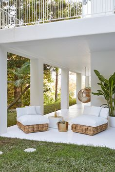 Outdoor relaxation—House 10. By Three Birds Renovations x Sophie Bell, featuring Dulux White on White.