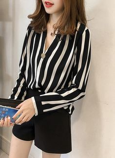 Autumn Spring Polyester Women V-Neck Decorative Button Striped Long Sleeve Blouses Classy Outfits, Casual Outfits, Fashion Outfits, Womens Fashion, Casual Elegant Style, Tropical Dress, V Neck Blouse, Blouse Styles, Blouses For Women
