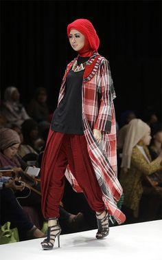 Hannie Hananto Indonesia Muslim Fashion