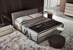 Powell Bed by Minotti