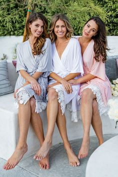 Bridesmaid Robes/ Bridesmaid Gifts/Bridal robes/ Wedding robes/ Bridal Robe/Bridal Party/ Bridesmaid Lace Robes- (Magnolia Jersey Robe) - - Source by Homecoming Dresses Tight, Barefoot Girls, Light Blue Shorts, Gorgeous Feet, Bridesmaid Robes, Bridal Robes, Labor Day Wedding, Fashion Outfits, Lady