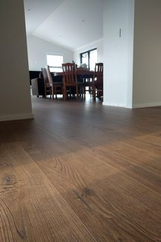NEW PROJECT: Auckland Residence Year: 2019 Area: 104m2 Product: Laminate Flooring #luxuryhomes #homedecor #home #homesofinstagram #houseoftheyear #renovation #homedecor #homeinspirations #architecture #design #interiordesign #laminatewoodflooringideaskitchen #laminatewoodflooringideaslivingroom #madeingermany #haroflooring #haroflooringnz