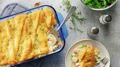 Pillsbury Recipes, Baking Recipes, Easy Recipes, Bread Recipes, Crescent Roll Recipes, Crescent Rolls, Chicken Pot Pie Casserole, Casserole Recipes, Easy Cooking