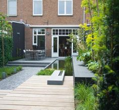 Modern Urban Garden Design Ideas to Try in 2017 Urban Garden Design, Contemporary Garden Design, Pond Design, Small Garden Design, Landscape Design, Small Yard Landscaping, Modern Landscaping, Small Gardens, Outdoor Gardens