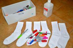 Socks tye-dyeing with sharpies