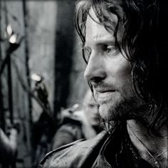 *oh* I've never seen this Aragorn pic before. ♥ Beautiful man.