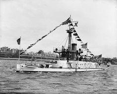 USS Amphitriet M2 1890's
