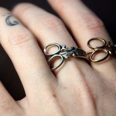 Cute Scissors Ring made of zinc alloy. If I could afford the shipping tariffs from China. For now, it's a cute jewelry making idea.