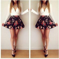 Long-sleeved low-cut floral mini dress #ME092102