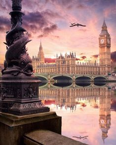 Explore the most beautiful places in London ▶️ . Is London your favourite city? 😍🇬🇧 by… Shared by Motorcycle Fairings - Motocc Big Ben London, London View, London Bridge, Tower Of London, London Pictures, London Photos, Uk Photos, Cities In Europe, Travel Europe