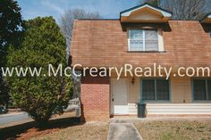 Close in West Marietta City – 2 BR/1.5 BA Duplex Recently Renovated!