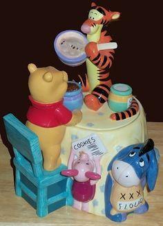Beautiful Disney's Winnie The Pooh Tigger Eeyore Piglet Cookie Jar Large