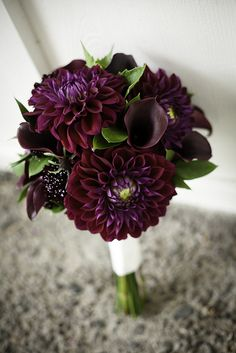 wedding bouquet with dark purple dahlias and calla lilies. Crafted by Leanne's Floral in Molalla, Oregon.