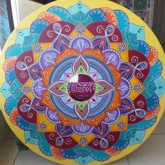 Mandala para a paz, em MDF 60cm by Soraya Sebolt