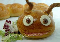 Bruco di pan brioche per feste di compleanno