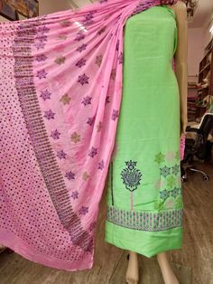 Artistry Couture blockpaint on pure tussar silk duppata tabby silk .MRP Ready to dispatched.Colors & designs available 7986789187 Punjabi Suits, Indian Designer Wear, Color Combinations, Sarees, Printing, Colour, Pure Products, Silk, Summer Dresses