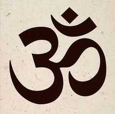 Om Pictures, Tattoo Buddhist, Om Tattoo Design, Ganesha Drawing, Hindu Symbols, Lord Shiva Hd Wallpaper, Hindu Mantras, Original Tattoos, Om Symbol