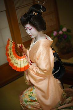 geiko Toshikana Miyagawacho KYOTO JAPAN
