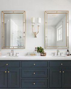 47 Trendy Bathroom Vanity Lighting Over Mirror Glam Bathroom Flooring, Bathroom Wall, Modern Bathroom, Small Bathroom, Master Bathroom, Bathroom Ideas, Navy Bathroom, Bathroom Marble, Bathroom Renovations