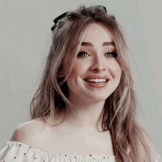 °♡۪͙۫ׄꦿ۬ Icons - Sabrina Carpenter𖤐₊˚. Pretty People, Beautiful People, Sabrina Carpenter Outfits, Actrices Hollywood, Girl Celebrities, Cute Girl Photo, Girl Meets World, Mean Girls, Aesthetic Girl