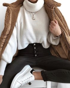 Mega babe in total Outfitbook, we are obsessed 😍😍😍 Casual Winter Outfits, Classy Outfits, Stylish Outfits, Fall Outfits, Fashion Mode, Winter Fashion Outfits, Look Fashion, Fashion Styles, Mode Outfits
