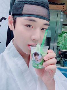 Flower Crew, 61 Kg, Kim Jaehwan, Korean Star, Twitter Update, Drama Queens, Kpop, Park, Produce 101