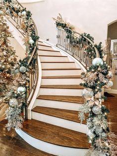 Christmas Hanukkah, Merry Christmas, Xmas, Christmas Trees, Christmas Staircase, Christmas Fireplace, Home Design, Dallas, Deck The Halls