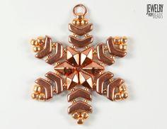 Christmas snowflake made from Arrow, Daimonduo and TOHO beads Christmas Snowflakes, Christmas Ornaments, Arrow, Beading, Dangles, Pendants, Shapes, Holiday Decor, Earrings