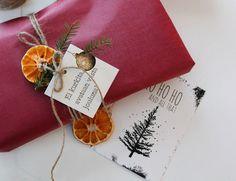Joulupaketti, joulukortti, LuKLabel Gift Wrapping, Gifts, Paper Wrapping, Presents, Wrapping Gifts, Gifs, Gift Packaging, Favors, Wrap Gifts