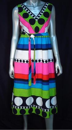 d5726fab249d Vintage 60 s Op Art Psychedelic Geometric Fifth Avenue Midi Dress   Op Art