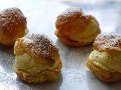 Gluten-Free Pumpkin Spice Cream Puffs  #Thanksgiving #ThanksgivingFeast #Dessert