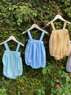 An unisex cotton romper would be a cute addition to your child's wardrobe this summer. The elasticated shorts gives plenty of room for the baby to wiggle in. A cute blouse for your little girl or a smart tshirt / shirt that matches the gingham colours would be a perfect wear. Little Babies, Little Girls, Cute Summer Rompers, Aqua Blue, Pink, Cute Blouses, Baby Shop, Cotton Dresses, Gingham