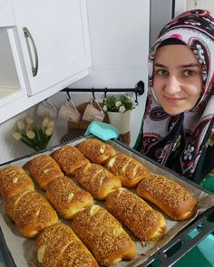 What is Forex? Turkish Recipes, Ethnic Recipes, Breakfast Tea, Arabic Food, Sweet And Salty, Hot Dog Buns, Food To Make, Food And Drink, Easy Meals
