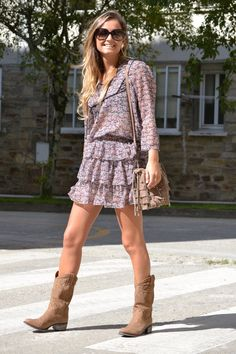 Every girl needs a pair of cowboy boots | [Fashion] Trends