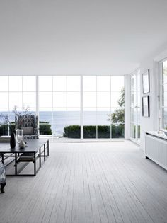 white & peaceful space